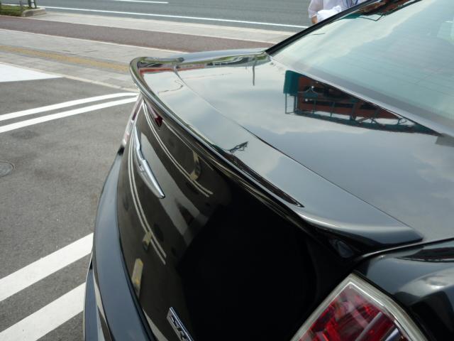 プッシュスタート機能が装備されております。カギで回さず、ブレーキを踏んでボタンを押すだけの簡単操作です。