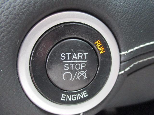 6400CCのHEMIエンジンです。