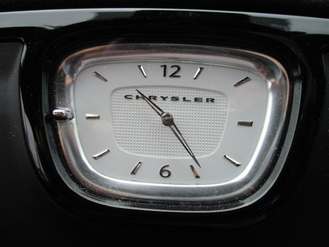 後部座席にもシートヒーター機能が付いております。