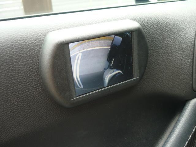 助手席の側の死角をカメラで安全確認!特に運転の苦手な方には非常に重宝する装備です!しっかり安全確認お願い致します。