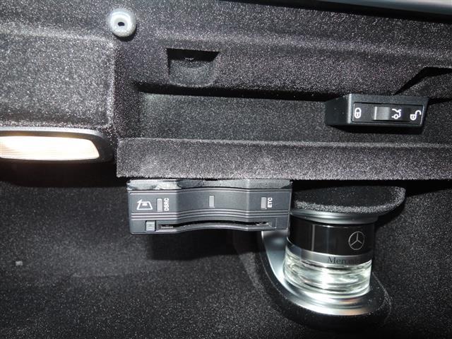 C63 エクスクルーシブパッケージ 4年保証 新車保証(12枚目)