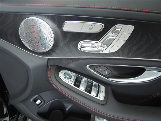 C63 エクスクルーシブパッケージ 4年保証 新車保証(15枚目)