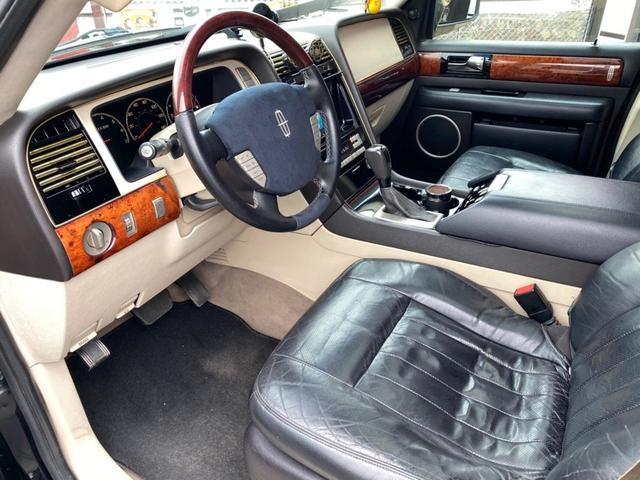 「リンカーン」「リンカーンナビゲーター」「SUV・クロカン」「広島県」の中古車27