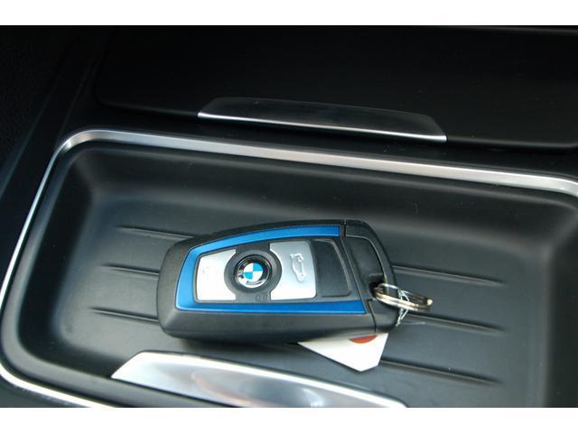 BMW BMW 320iツーリング Mスポーツ 純正ナビ 車高調 19AW