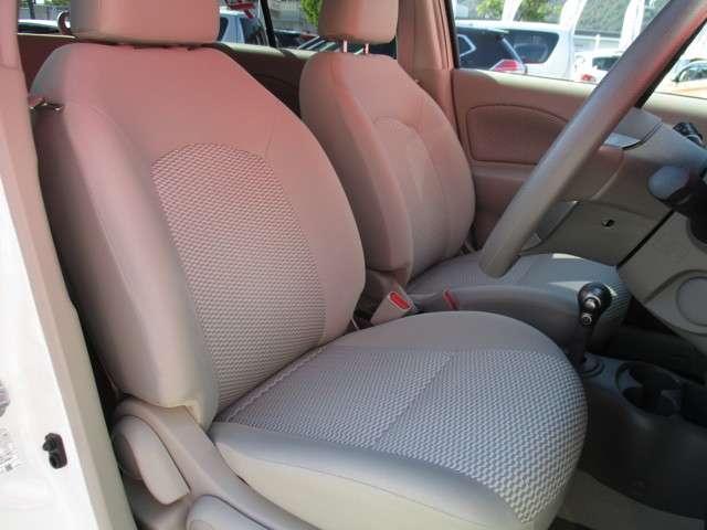 座り心地のよい大きめのシート☆ゆったりと運転することができます♪