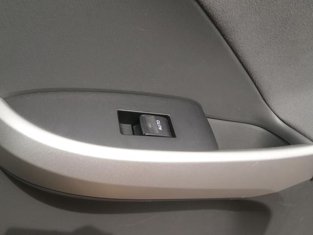 トヨタ プリウス Sツーリングセレクション SDナビ 後カメラ LEDライト