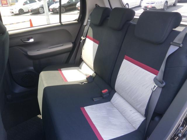 広々リアシート!ゆったりとしたリアシートで快適なドライブをお楽しみ下さい。