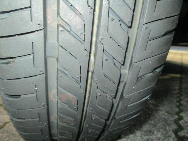 ブリジストン製タイヤ「エコピアEX10」を装着しています。当店ではタイヤの販売も行っていますので、詳しくはスタッフにお気軽にお尋ねください!
