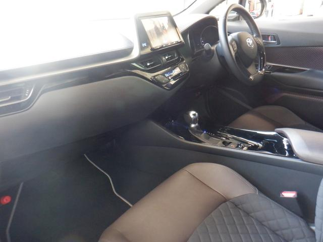 「トヨタ」「C-HR」「SUV・クロカン」「広島県」の中古車4