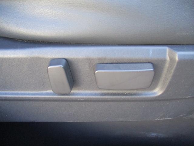 Gセーフティパッケージ 純正ナビフルセグ アラウンドビューモニター 4WD シートヒーター パワーシート ワンオーナー(37枚目)