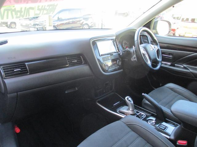 Gセーフティパッケージ 純正ナビフルセグ アラウンドビューモニター 4WD シートヒーター パワーシート ワンオーナー(47枚目)