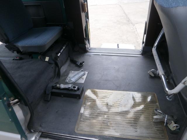 スバル サンバーバン 福祉車両パーワーリフト付き車椅子移動車