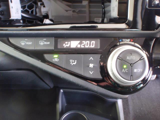 エンジン停止時でもエアコンが使えます♪電動インバータエアコン