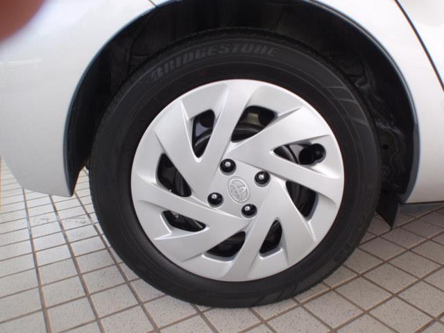 純正ホイールカバー装着 タイヤサイズ175/65R15