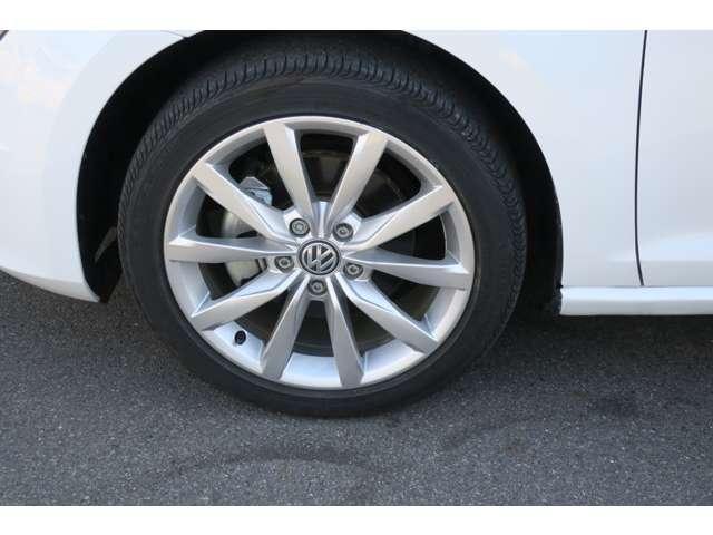 フォルクスワーゲン VW ゴルフヴァリアント TSIハイラインブルーモーションテクノロジー 地デジナビ