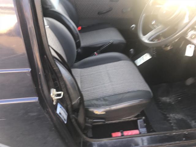 ベースグレード AW オーディオ付 4名乗り SUV(17枚目)