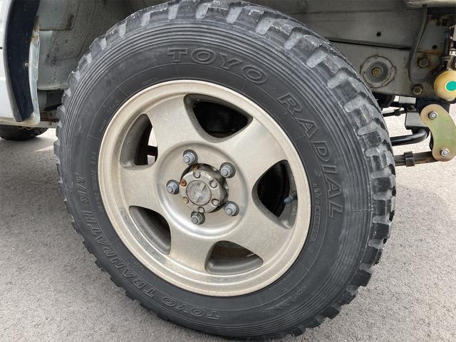 ランドベンチャー リフトアップ オーバーフェンダー 前後社外バンパー 4WD シルバー 5MT AC AW パワステ(27枚目)