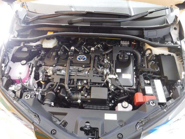 トヨタ C-HR HV S メーカー保証5年10万キロ LEDフォグ Bカメラ