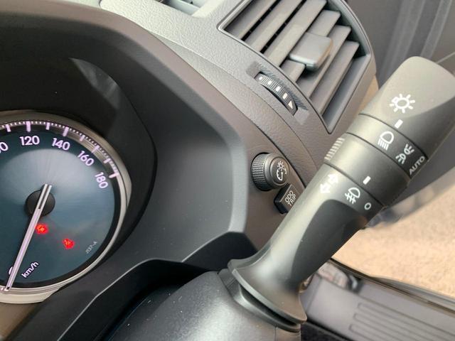 TX 新品ナビテレビ ブルートゥース対応 トヨタセーフティーセンス 新車メーカー保証令和7年7月 7人乗り ディーゼル サンルーフ オートクルーズ プッシュスタート オートエアコン 2800ディゼル(7枚目)
