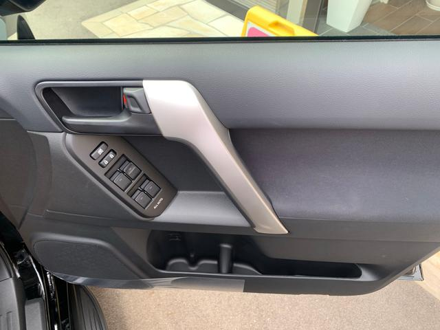 TX 新品ナビテレビ ブルートゥース対応 トヨタセーフティーセンス 新車メーカー保証令和7年7月 7人乗り ディーゼル サンルーフ オートクルーズ プッシュスタート オートエアコン 2800ディゼル(26枚目)