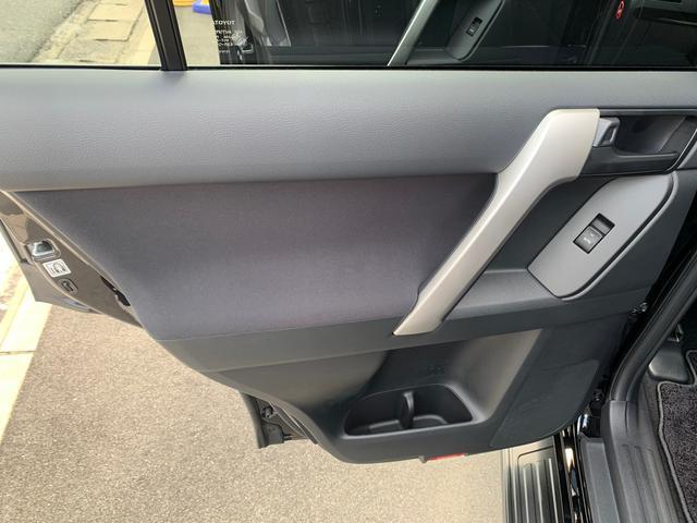 TX 新品ナビテレビ ブルートゥース対応 トヨタセーフティーセンス 新車メーカー保証令和7年7月 7人乗り ディーゼル サンルーフ オートクルーズ プッシュスタート オートエアコン 2800ディゼル(44枚目)