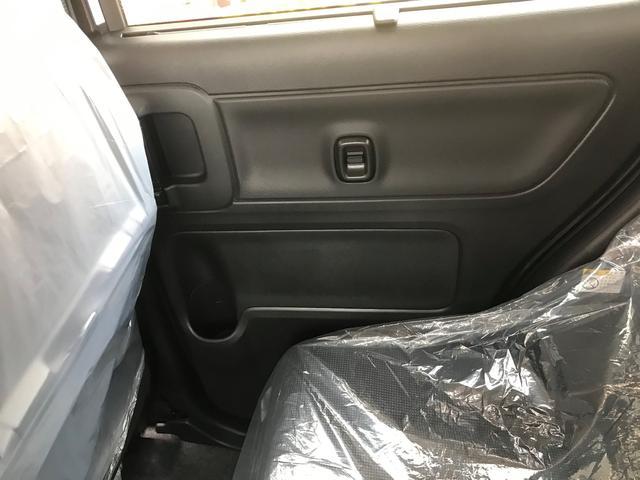 ハイブリッドX 新車保証5年10万キロ サポカー スマートキー 盗難防止システム 禁煙車 クリアランスソナー ベンチシート フルフラット シートヒーター アイドリングストップ(31枚目)
