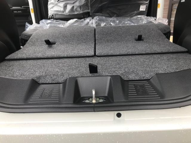 ハイブリッドXS 新車保証5年10万キロ スマートキー 禁煙車 オートライト レーンアシスト LEDヘッドランプ シートヒーター クリアランスソナー エアロ 盗難防止システム(31枚目)