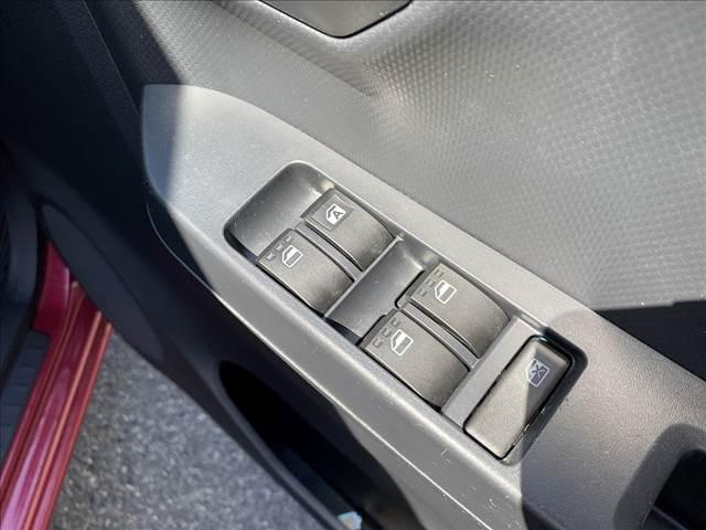 L アイドリングストップ!キーレス!AUX&USB接続CD!Wエアバック!ABS!Pガラス!ライトレベライザー!Rスポ!セキュリティアラーム!燃費良好35.2km/L!(26枚目)