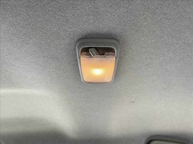 L アイドリングストップ!キーレス!AUX&USB接続CD!Wエアバック!ABS!Pガラス!ライトレベライザー!Rスポ!セキュリティアラーム!燃費良好35.2km/L!(39枚目)