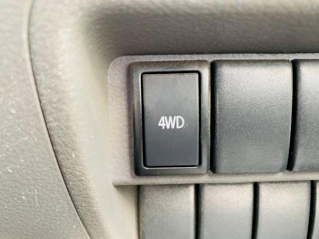 PC ハイルーフ!切替4WD!地デジSDナビ!LEDライト!ETC!ドラレコ!キーレス!DVD再生!SD録音!SD&Bt接続!ルーフシェルフ!Wエアバック!ABS!ツーィーター!Pガラス!(19枚目)