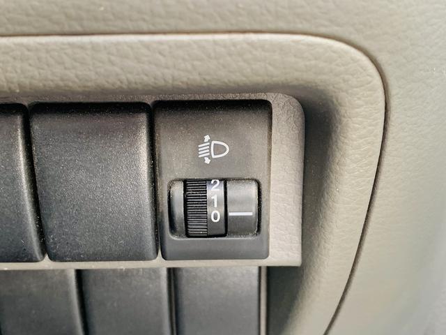 PC ハイルーフ!切替4WD!地デジSDナビ!LEDライト!ETC!ドラレコ!キーレス!DVD再生!SD録音!SD&Bt接続!ルーフシェルフ!Wエアバック!ABS!ツーィーター!Pガラス!(31枚目)