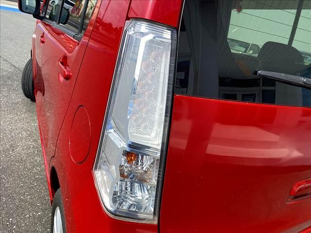 X フルセグSDナビ・スマートキー2個・Pスタート・HID・Aストップ・DVD再生・音楽録音・Bt&SD接続・専用エアロスタイル&AW・フォグ・オートAC・革ハンドル・燃費良好28.8Km/L(38枚目)