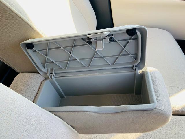 Xメイクアップリミテッド SAIII 4WD・フルセグナビ・パノラマモニター・スマアシ3・両側電動D・スマートキー・Pスタート・Aストップ・DVD再生・Bt&USB&SD接続・Rソナー・車線逸脱警報・横滑防止・オートハイビーム&ミラー(34枚目)