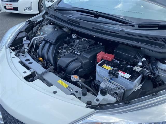 X FOUR 切替4WD・エマージェンシーB・インテリキー・Pスタート・ウィンカーM・AUX付CD・車線逸脱警報・横滑防止・オートAC&ライト・Wエアバック・ABS・ライトレベライザー・燃費良好18.2Km/L(22枚目)