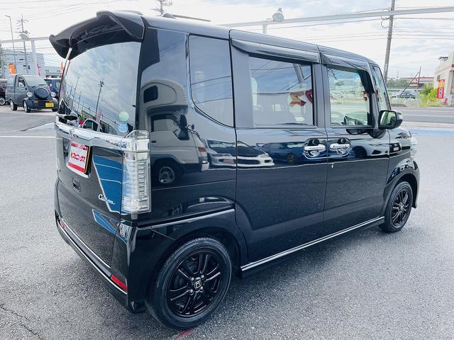 G SSブラックスタイルパッケージ 専用ブラックアルミ&グリル 両側パワースライドドア シートヒーター スマートキー プッシュスタート ステアリモコン ビルトインETC HID オートライト フォグ(6枚目)