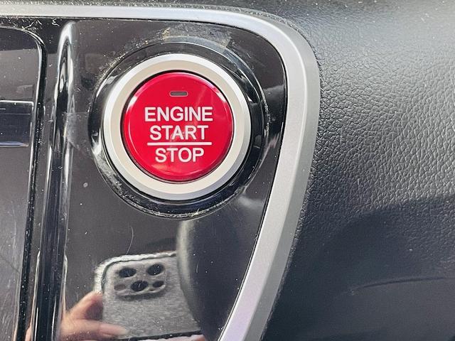 G SSブラックスタイルパッケージ 専用ブラックアルミ&グリル 両側パワースライドドア シートヒーター スマートキー プッシュスタート ステアリモコン ビルトインETC HID オートライト フォグ(20枚目)
