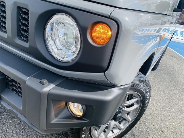 XC 届出済未使用車・4WD・4AT・衝突軽減ブレーキ・ターボ・スマートキー・Pスタート・LEDライト・前席シートヒータ・クルコン・ウィンカーM・オートミラー・背面タイヤ・専用16AW・オートハイビーム(9枚目)
