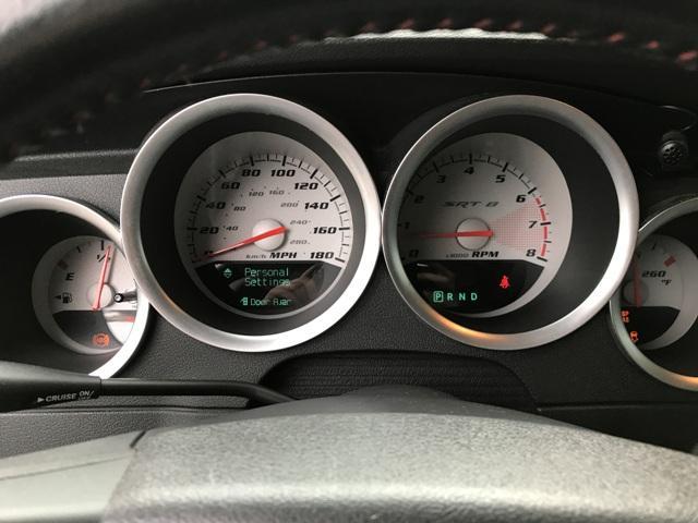 メーターもマイル表記!!スピードメーターはキロ表記も付いていますので安心!!