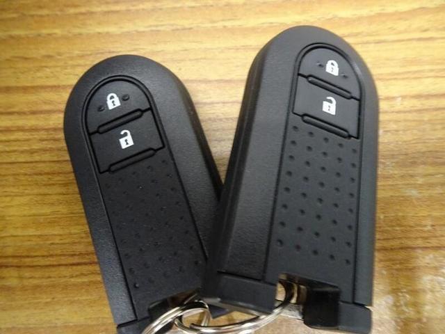 モーダ CDチューナー スマートキー LEDヘッドランプ 社外アルミホイール ベンチシート(23枚目)