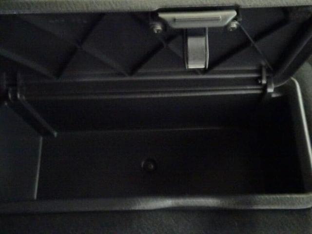 モーダ CDチューナー スマートキー LEDヘッドランプ 社外アルミホイール ベンチシート(31枚目)