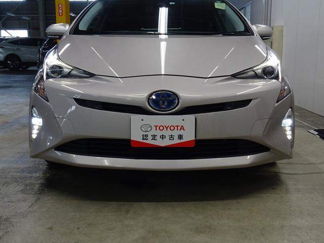 トヨタ認定中古車1.徹底した洗浄2.車両検査証明書付き3.ロングラン保証付き