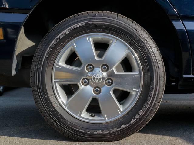 トヨタ ヴォクシー X Vエディション 4WD 純正HDDナビ バックカメラ