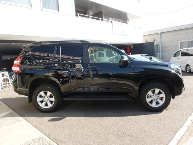 トヨタ ランドクルーザープラド TX Lパッケージ 黒革 SR スカッフイルミ