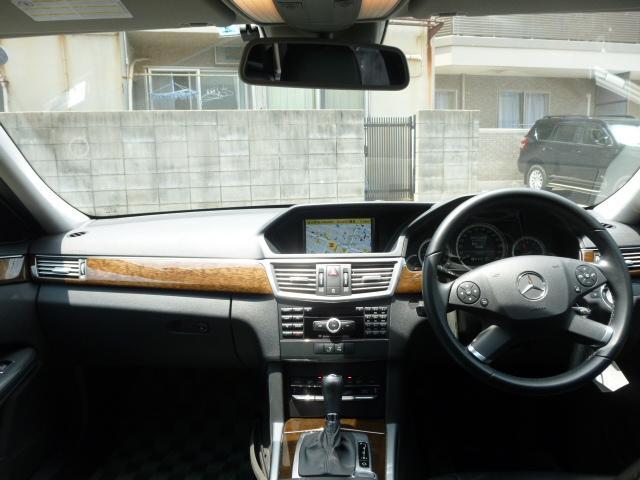 メルセデス・ベンツ M・ベンツ E250CGIブルーEF AMGスポーツパッケージ