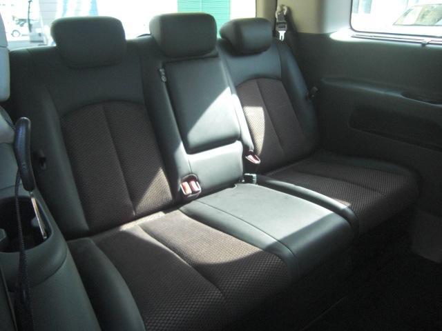 サードシートも綺麗な状態です。