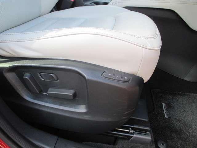XD Lパッケージ 4WD 衝突軽減ブレーキ ETC レーダークルーズコントロール ナビ サイド・バックカメラ LED(28枚目)