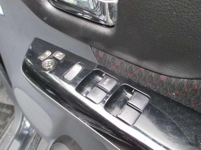 XS 4WD 衝突軽減ブレーキ 両側電動スライドドア ナビ シートヒーター スマートキー(17枚目)