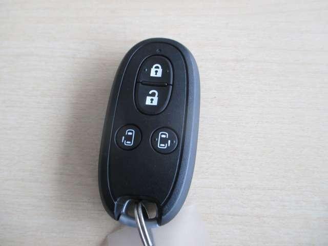 XS 4WD 衝突軽減ブレーキ 両側電動スライドドア ナビ シートヒーター スマートキー(18枚目)