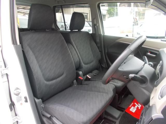 内装:運転席の様子