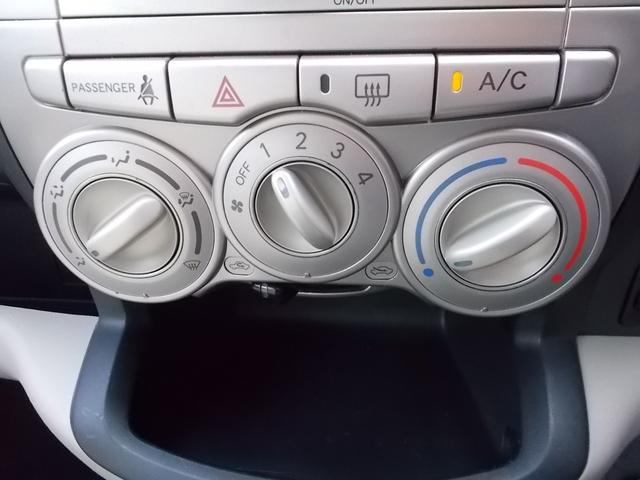 マニュアルエアコン